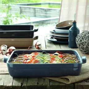 The ingredients do not suffer from wide variations in temperature and therefore conserve their vitamins and nutritional qualities. All pieces are oven ... & Oven To Tableware - TO SET A TABLE